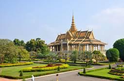 http://www.amazing-angkor.com/wp-content/uploads/2014/11/royal-palace1.jpg